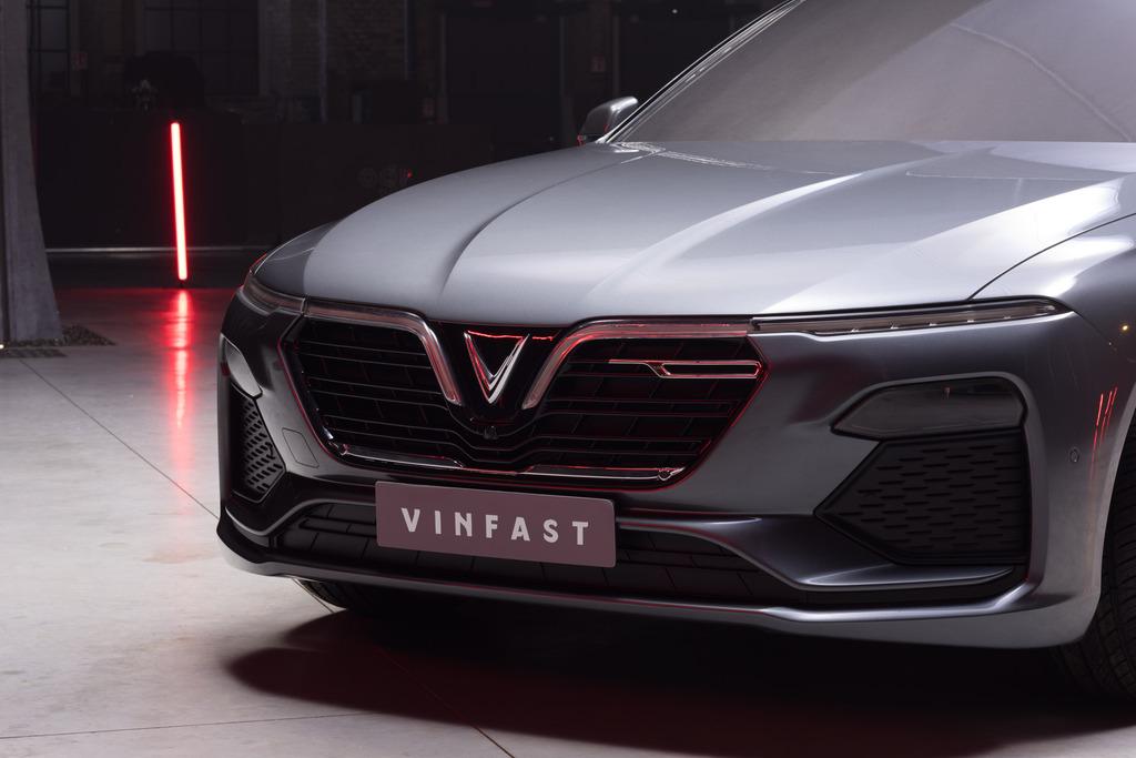 Vinfast-Lux-A-2-litres-11