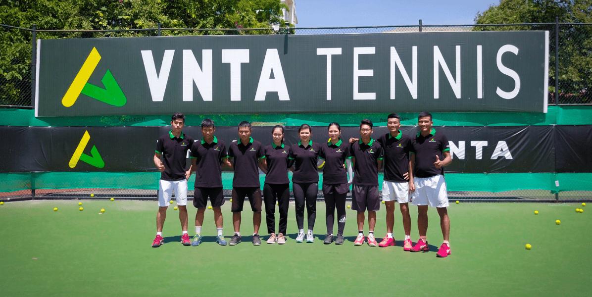 TENNIS-COACH-VNTA