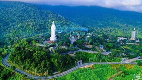 Tour miễn phí Đại Long chùa Linh Ứng